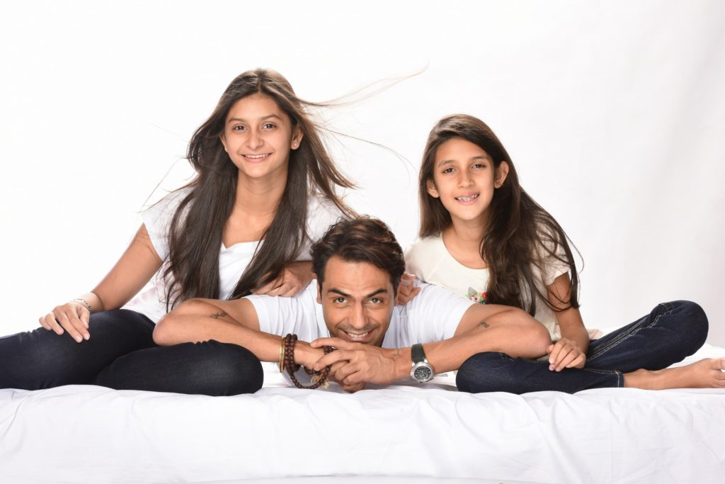 image-arjun-rampal-with-his-daughters-proud-fathers-for-daughters-Nanhi-Kali-Mediabrief