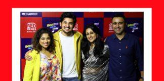 RJ Malishka - Darshan Rawal - Nisha Narayanan COO Director RED FM and Magic FM and Rajat Uppal National Marketing Head RED FM at RED FM's Indie Hain Hum show launch-MediaBrief