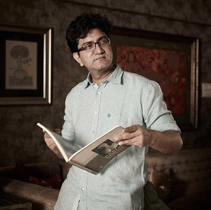 Prasoon-Joshi-Pic-(-High-Res)