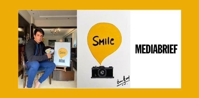 Image-sonu-sood-smile-foundation-lays-heartwork-MediaBrief.jpg