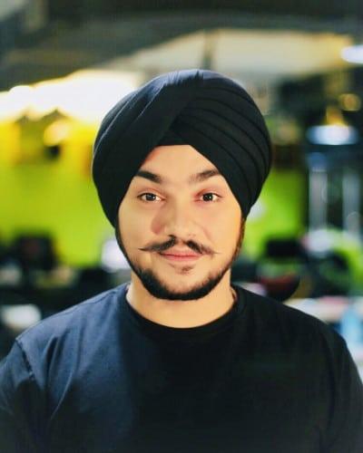image-Angad-Singh-Manchanda-Co-founder-CEO-of-Chimpz-Inc-MediaBrief.jpg