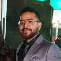 Image-Vineet-Sagar-Co-founder-Managing-Partner-at-Venture-Garage-mediabrief.jpg