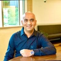 image-Vineet-Rao-Founder-CEO-DealShare-mediabrief.jpg