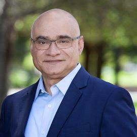 image-Baba-Shiv-Professor-of-Marketing-at-Stanford-Graduate-School-of-Business-mediabrief.jpg